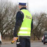 """Policjanci """"przetrzepali"""" 800 aut w Toruniu i powiecie toruńskim. Jakie są wyniki akcji?"""