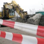 Uwaga! Awaria gazociągu na Skarpie. Zamknięto ruch na Konstytucji 3 Maja